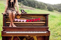 Love the Piano - this gives me so many ideas :) Falmlen Green, this made me think of you and that piano I have yet to see in pics! I Love Music, Sound Of Music, Music Is Life, Love Songs, Senior Photos, Senior Portraits, Piano Senior Pictures, Old Pianos, Flautas