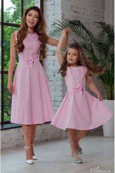 2019 Tulle Lace Infant Toddler Pageant White Flower Girl Dresses for Weddings and Party First Communion Dresses For Girls Mommy And Me Dresses, Mother Daughter Dresses Matching, Mother Daughter Fashion, Mommy And Me Outfits, Mothers Dresses, White Flower Girl Dresses, Little Girl Dresses, Girls Dresses, Toddler Pageant