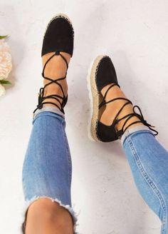 Espadrilles in Black I am a shoe addict. - Bindi Espadrilles in Black I am a shoe addict.Bindi Espadrilles in Black I am a shoe addict. Trendy Shoes, Cute Shoes, Me Too Shoes, Cute Flats, Casual Shoes, Heel Pumps, Shoes Heels, High Heels, Sandal Heels