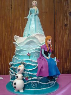 Disney Cakes and Cookies on Pinterest  Disney Cakes, Cinderella Cakes ...