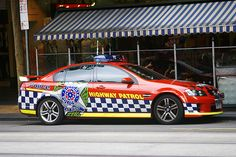 Holden VE SS Commodore Highway Patrol Sedan Sirens, Radios, Rescue Vehicles, Police Vehicles, 4x4, Holden Australia, Car Cop, Victoria Police, Holden Commodore