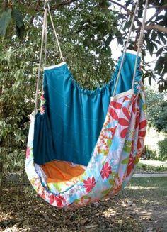 Backyard Hammock Ideas -Laying in a hammock is among one of the most peaceful things worldwide. Have a look at lazy-day backyard hammock ideas! Baby Hammock, Backyard Hammock, Hammock Swing, Hammock Chair, Swinging Chair, Hammocks, Swing Seat, Chair Cushions, Hammock Ideas