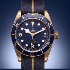 Tudor Black Bay Bronze, Tudor Bronze, Best Looking Watches, Tudor Heritage Black Bay, Gentleman Watch, Swiss Army Watches, Mens Fashion Blog, Blue Check, Beautiful Watches