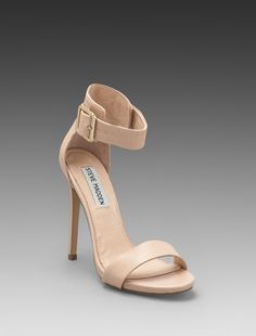 My favorite shoes tyle so far. Steve Madden ...