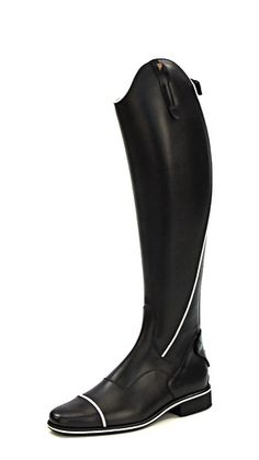 Petrie Sportive boots www.iconadeironchi.com  Love the white piping!