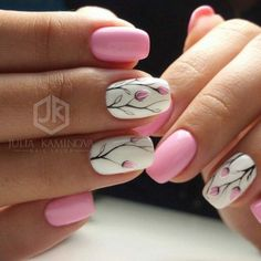 Cute and easy floral nail arts design (41) - Fashionetter