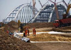 """Dooms Ukraine to isolation"": as in Kiev have seen threat of statehood in construction of Krymsky Bridge Sydney Harbour Bridge, Ukraine, Arch, World, Travel, Russia, Automobile, Science, Arch Bridge"