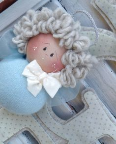 Bimbi in Boulle – Country Creations Christmas Crafts For Gifts, Craft Gifts, Christmas Ornaments, Angel Crafts, Doll Hair, Felt Dolls, Handmade Design, Christmas Inspiration, Pin Cushions