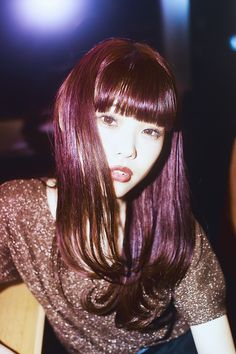「BiSH」アイナ・ジ・エンドが語る古着屋「新入荷アイテムの写メが届きます」 | bis[ビス] Asian Fashion, Alter, Asian Woman, Idol, Brand New, Long Hair Styles, Face, Beauty, Women