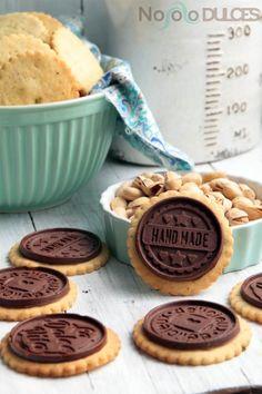 No solo dulces - Galletas de pistacho y chocolate sin huevo - Pistachio cookies and dark chocolate without eggs