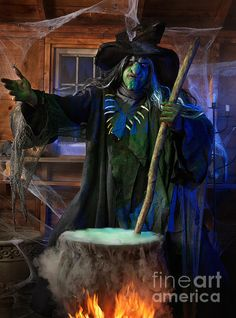 decoration fireplace Scary Old Witch With A Cauldron Greeting Card for Sale by Maxim Images Prints Voodoo Halloween, Halloween Poems, Halloween Ghosts, Spooky Halloween, Halloween Greetings, Halloween Ghost Decorations, Halloween Mantel, Outdoor Halloween, Halloween House