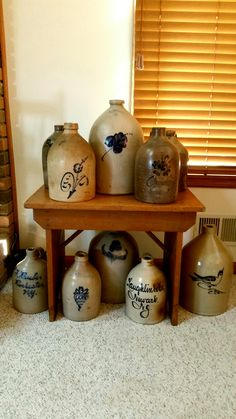 I would sooooo love to have this display. Antique Crocks, Old Crocks, Antique Stoneware, Stoneware Crocks, Stoneware Clay, Earthenware, Old Pottery, Glazes For Pottery, Glazed Pottery