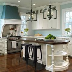 House Of Turquoise, Turquoise Kitchen, Aqua Kitchen, Kitchen White, Turquoise Walls, Turquoise Accents, Blue Accents, Country Kitchen, Beautiful Kitchens