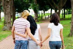 Fremdgehen - ein heikles Thema! Soll ich meinem Partner verzeihen oder soll ich ihn verlassen? Wir geben dir Antworten: http://sunny7.at/leben/liebe---sex/ein-mal-fremdgehen---immer-fremdgehen-/