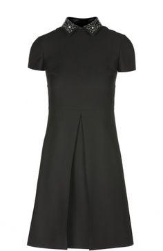 Женское чёрное платье-рубашка со складкой и декорированным воротником Valentino, сезон FW 16/17, арт. LB2VA8B0/1CF купить в ЦУМ   Фото №1