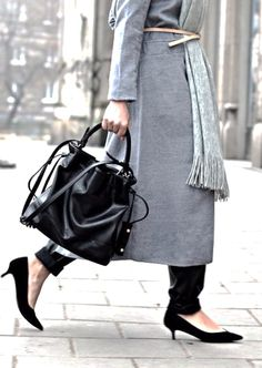 MINIMAL + CLASSIC: grey coat, scarf with black boots, bag and nude leather belt
