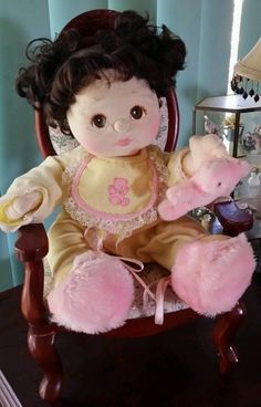 MINTY 1985 MY CHILD DOLL BRUNETTE MID PART CURLY PIGGY TAIL GIRL BROWN EYES PINK #MyChild