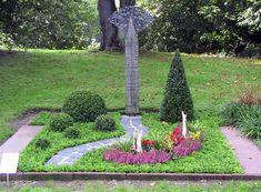 Südfriedhof Düsseldorf - Mustergrab 21 - Doppelgrab