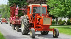 Tractor Farming, Allis Chalmers Tractors, National Treasure, Diesel Engine, Vintage Cars, Engineering, Barn, Classic, Agriculture