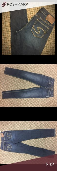 Silver Suki Jeggings size 28/31 Silver Suki Jeggings size 28/31, like new, tight 👖 Silver Jeans Pants Leggings