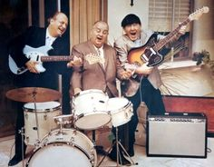 1966 The 3 Stooges do an ad for Fender