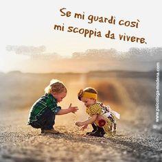 """Le persone sono altrettanto meravigliose quanto i tramonti, se io le lascio essere ciò che sono. Quando osservo un tramonto non mi capita di dire: """"Addolcire un po' l'arancione sull'angolo destro, mettere un po' di rosso porpora alla base, e usare tinte più rosa per il colore delle nuvole"""". Non lo faccio. Non tento di controllare un tramonto. Ammiro con soggezione il suo dispiegarsi. Carl Rogers #aforisma #persone #vivere #relazioni"""