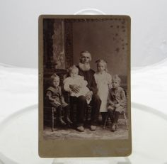 Antique Cabinet Card Photograph Man Children Watton Portrait Wisconsin #29
