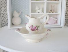 http://de.dawanda.com/product/77396311-Suesses-kleines-Wasch-Set