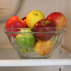 We should have been doing this all along! How to make fruits & veggies last longest....'where to store the different veggies/fruits and how to store them'.