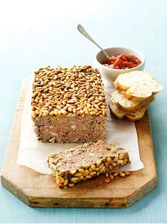 Beef and Mushroom Meatloaf Meatloaf Recipes, Beef Recipes, Cooking Recipes, Healthy Recipes, Mushroom Meatloaf, Orange Dessert, Tomato Chutney, Recipe Search, Mushroom Recipes