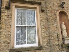 Rnnie mackintosh palatial lace York centre lace curtains