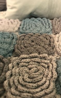 The Dahlia Crochet Flower Rug Pattern  #crochet