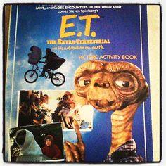 E.T. picture activity book