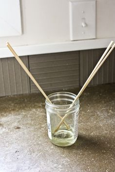 Making reed diffuser for your home