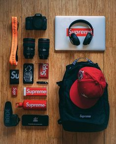 Hypebeast Room, Hypebeast Outfit, Mochila Edc, Hypebeast Iphone Wallpaper, Supreme Backpack, Supreme Clothing, Supreme Accessories, Supreme Bape, Supreme Wallpaper