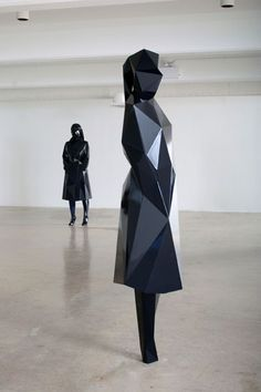 Geometric Sculpture with faceted structure; contemporary art // Xavier Veilhan