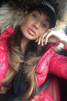 Moncler Jacket Women, Women's Puffer Coats, Megan Mckenna, Duck Down Jacket, Puffy Jacket, Fur Collars, My Hair, Cool Girl, Hair Beauty