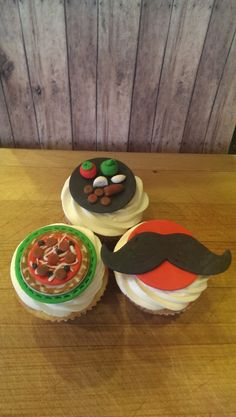 Pizza Party Time! Set of 12 (one dozen) Fondant Cupcake, Cake,Cookie Toppers.