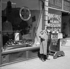 Goodwill store and Mission church. Minneapolis, Minnesota. 1937 May. Library of Congress.