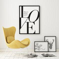 Amor blanco y negro clásico de impresión cuenta con una frase de Friedrich Nietzsche que dice no hay siempre alguna locura en el amor. Pero