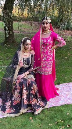 Beautiful Pakistani Dresses, Pakistani Formal Dresses, Pakistani Dress Design, Indian Dresses, Punjabi Salwar Suits, Salwar Kameez, Sharara Suit, Shadi Dresses, Gala Dresses