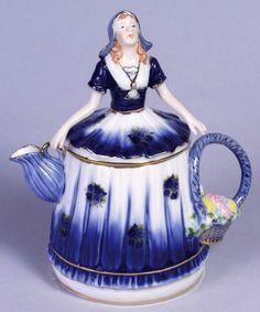 dutch girl teapot | Blue and White Porcelain Dutch Girl Teapot