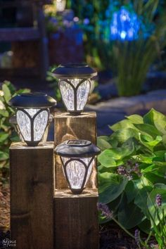 DiY Cedar Cube Landscape Lights DIY solar outdoor lights How to clean a solar panel How to make non-working the solar lights work again Simple woodworking and garden crafts Garden and backyard decor Budget garden and backyard lighting TheNav Solar Licht, Solar Light Crafts, Diy Solar, Backyard Lighting, Deck Lighting, Lighting Design, Solar Lights For Deck, Outdoor Solar Lighting, Outside Lighting Ideas