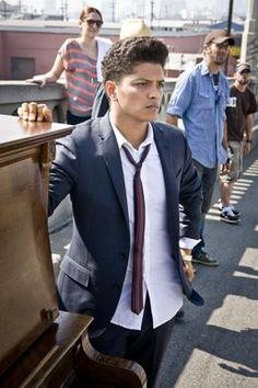 I like this face:: Bruno Mars