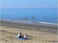 FREE online guided tours of Norfolk in pictures. This guided tour shows you a Norfolk Summer, including beaches, flowers, fetes and sunsets. Norfolk Holiday, Norfolk Coast, Cromer, Tour Guide, Beach Mat, Outdoor Blanket, Swimming, Museum, Tours