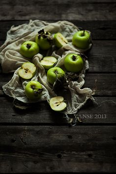 nice print for kitchen showing both wood and green elements of eastern corner.  green apples | Flickr