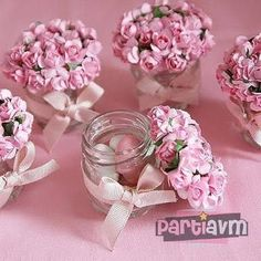 Looking for easy homemade baby shower favors? Check out this collection of unique favors that people actually love & appreciate. Included are cheap favor. Wedding Favours, Party Favors, Wedding Gifts, Homemade Baby Shower Favors, Homemade Baby Gifts, Diy Y Manualidades, Girl Shower, Shower Baby, Baby Showers