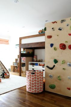 Pin for Later: 14 Insanely Fun Ideas to Steal From a Kid-Friendly Home A bunk bed climbing wall