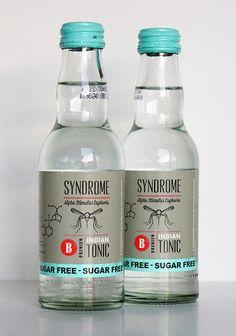 Syndrome Sugar-free Indian Tonic #Boss Tweed #Hampstead #Helsinki #Land: Belgien #Produkttest #Syndrome #Tonic Gin Bottles, Vodka Bottle, Sugar Free Tonic Water, Stevia, Beverage Packaging, Gin And Tonic, Lemonade, Whiskey, Juniperus Communis