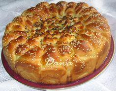 Danina kuhinja: Pamuk pogača Albanian Recipes, Albanian Food, Bread Dough Recipe, Macedonian Food, Cheesecake Ice Cream, Cookie Do, Bread And Pastries, Bread Recipes, Macaroni And Cheese